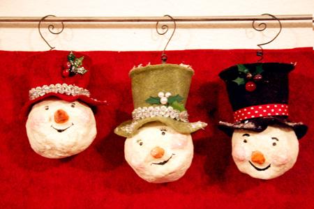 Ornaments 450