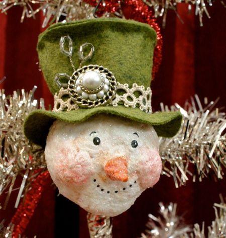 Snowman ornament 01